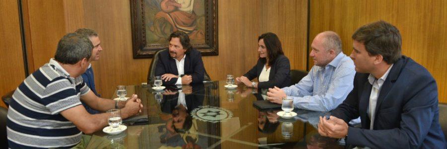 Sáenz se reunió con los nuevos gerentes de los hospitales San Bernardo, Oñativia y Materno Infantil
