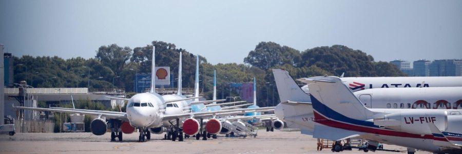 Coronavirus en Argentina: el Gobierno analiza permitir vuelos cortos para las vacaciones de invierno