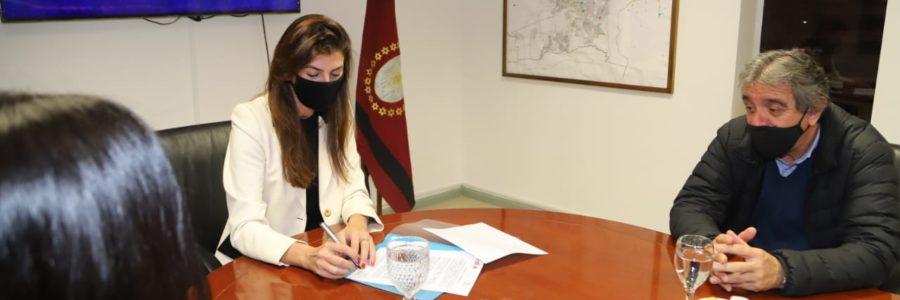 Bettina Romero y el Consejo de Profesionales de Ciencias Económicas acordaron aunar esfuerzos en beneficio de la Ciudad