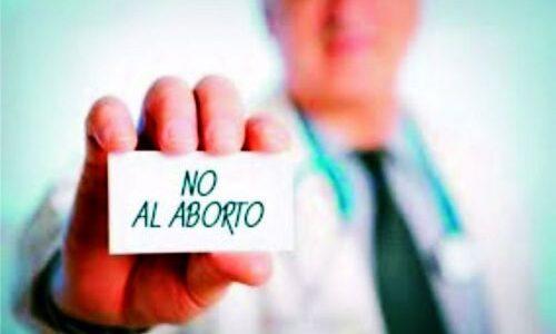 El Colegio de Médicos publicó una solicitada en defensa de las dos vidas