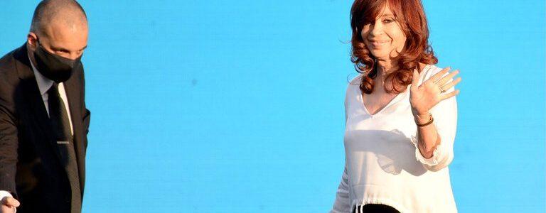 La Justicia autorizó a Cristina Kirchner a cobrar la pensión de Néstor Kirchner